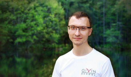 Артём Исайкин
